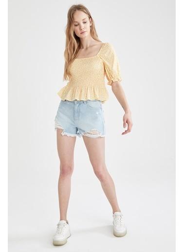 DeFacto Kare Yaka Volan Detaylı Balon Kollu Bluz Sarı